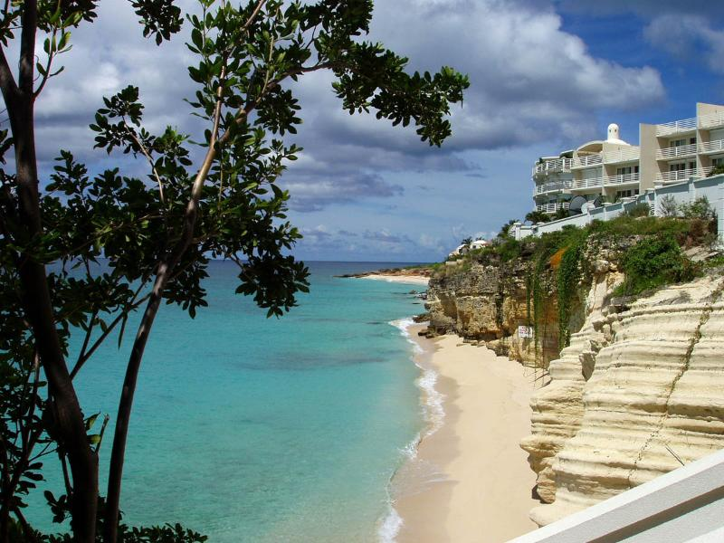 The Cliff Beach & Spa A7 at Cupecoy, Saint Maarten - Beachfront, Gated Community, Pool - Image 1 - Cupecoy - rentals