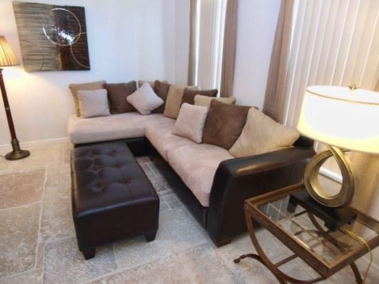 Living Area - HR4P1802NHD 4 BR Pool Home with Elegant Interior - Orlando - rentals