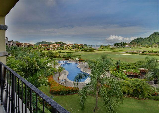 Del mar pool area and golf course at Los Sueños. - Los Suenos Resort and Marina, Galati condominium, Del Mar 3D - Herradura - rentals