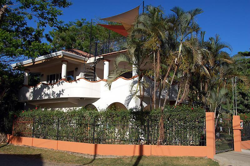 Casa Cerca Del Mar- 4 Bedroom/4 Bath Luxury Villa - 4 Bedroom 4 Bath Beach House 100' from the Ocean - Playa Potrero - rentals