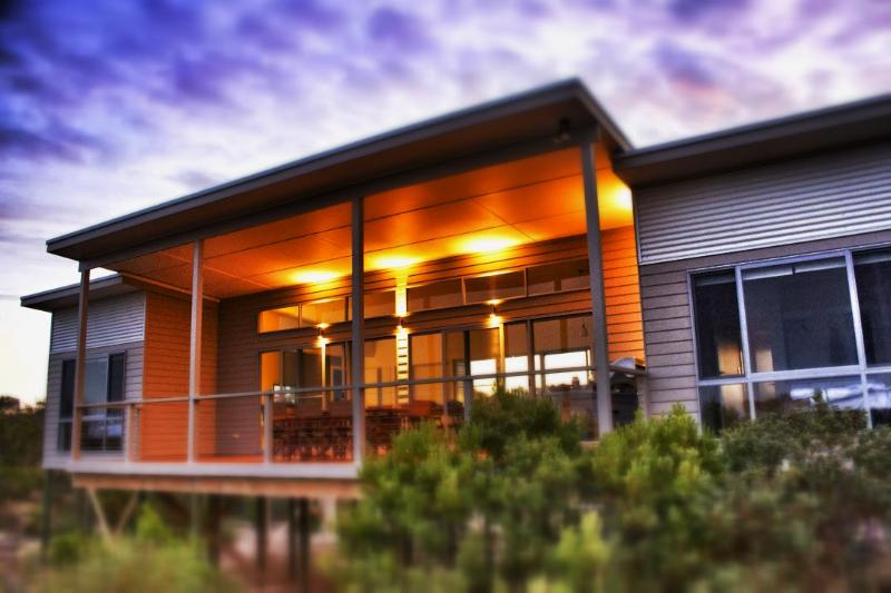 Fabulous setting amongst the bush, island beach accommodation, kangaroo island - Le Soleil Holiday Accommodation - Baudin Beach - rentals
