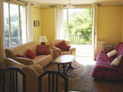 Living Room - Large bright apartment - beside park - Perpignan - rentals