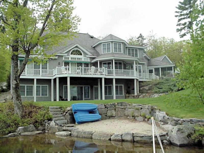 House photo - Lake Winnipesaukee-Upscale 6-bdrm luxury-sleeps 14 - Wolfeboro - rentals