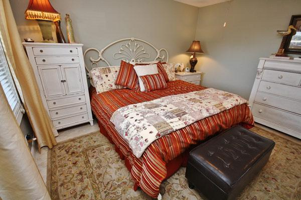 Master Bedroom - SCGIII115, Oceanside Vacation at Elegant 1/1 Unit - New Smyrna Beach - rentals