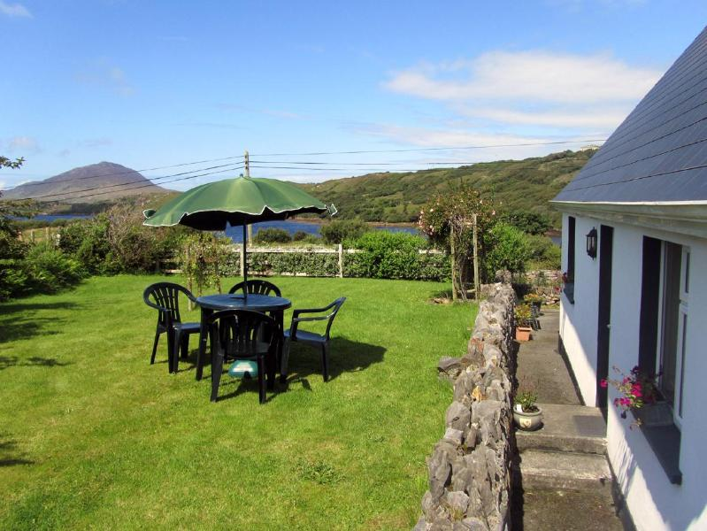 Laurel Lodge garden - Laurel Lodge beside Connemara National Park - Letterfrack - rentals