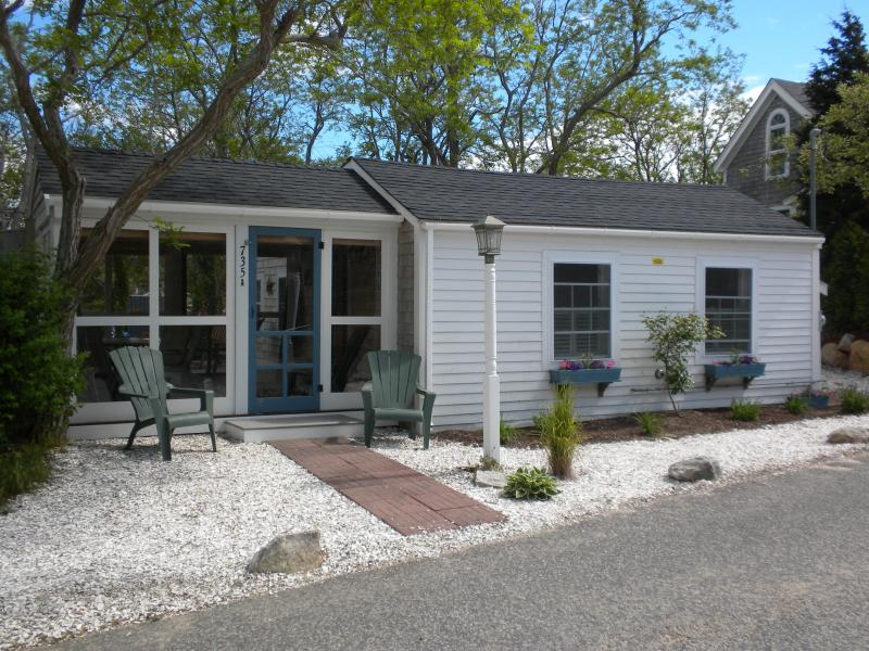 Front View - Cozy Vacation Cottage Steps to Cape Cod Bay Beach - Eastham - rentals