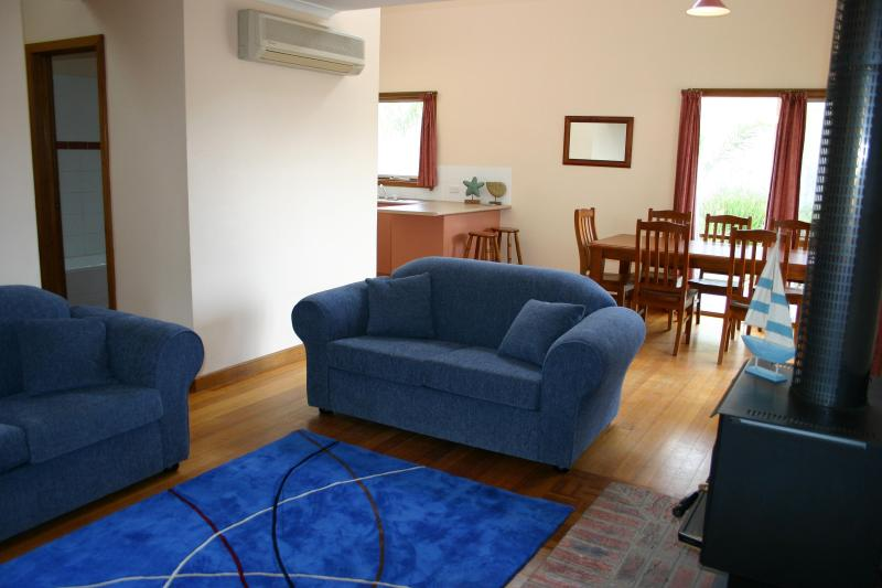 living area of beach house # 2 - *Front Beach Torquay*  Beach Houses OCEAN VIEWS - Torquay - rentals