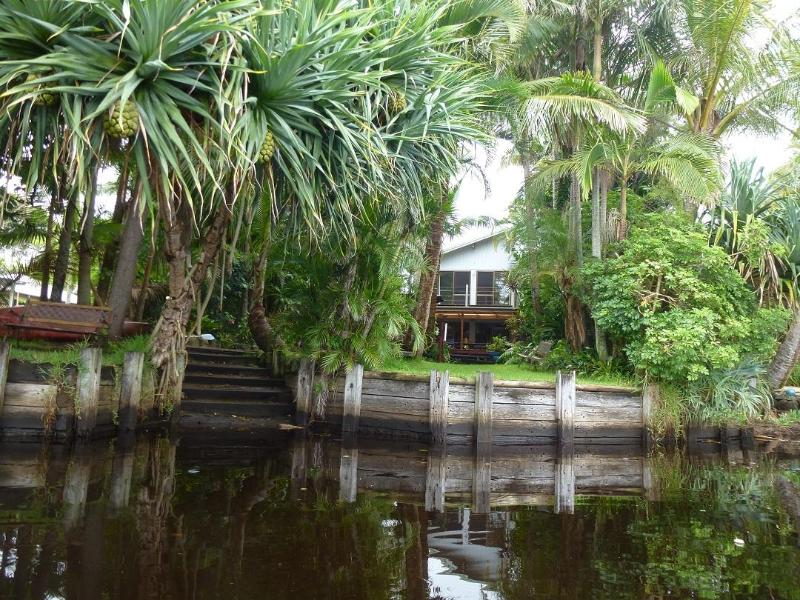 River house shot from your Boat - Belongil Beach River House 4 bedroom Byron Bay NSW - Byron Bay - rentals
