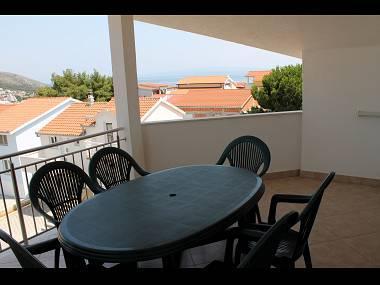A3(4+2): covered terrace - 5165  A3(4+2) - Okrug Gornji - Okrug Gornji - rentals