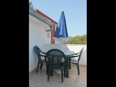 A4(2+2): terrace - 5165  A4(2+2) - Okrug Gornji - Okrug Gornji - rentals