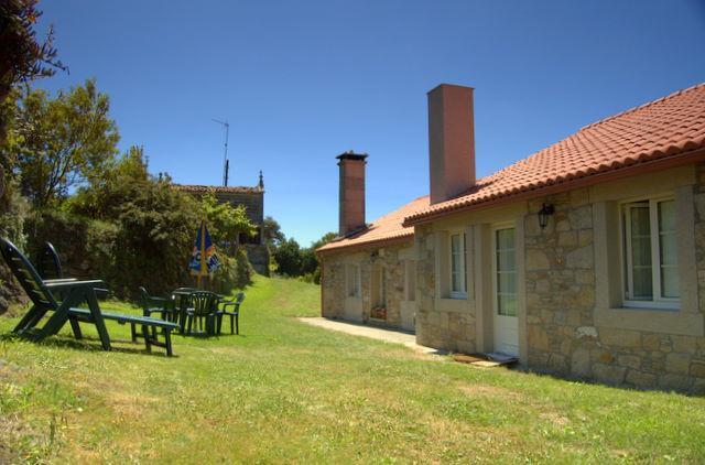 Casa Playa de Balares - Image 1 - Ponteceso - rentals