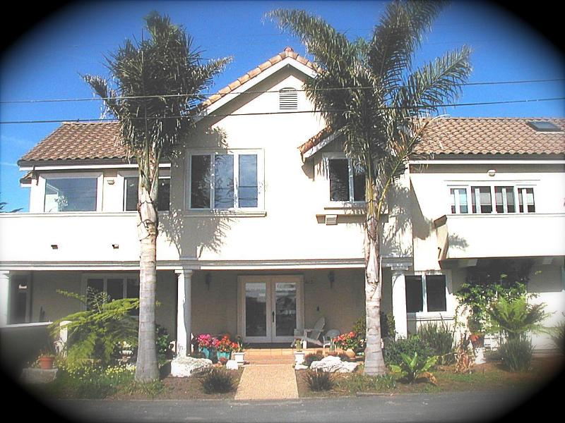 Luxury Beach Villa-Ocean Views all rooms - Jacuzzi - Image 1 - Santa Cruz - rentals