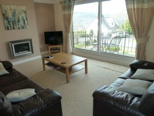 LOWER BRANTFELL, Bowness on Windermere - Image 1 - Bowness & Windermere - rentals