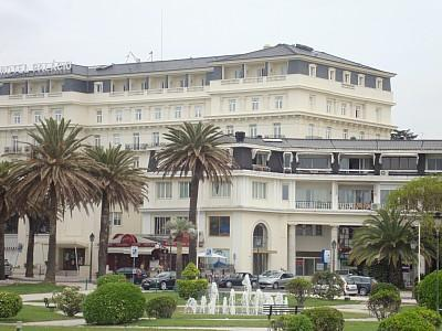 Front Facade of the Penthouse Apartment - Sea View Lux Apt Located Next to 5* Hotel Palacio - Estoril - rentals