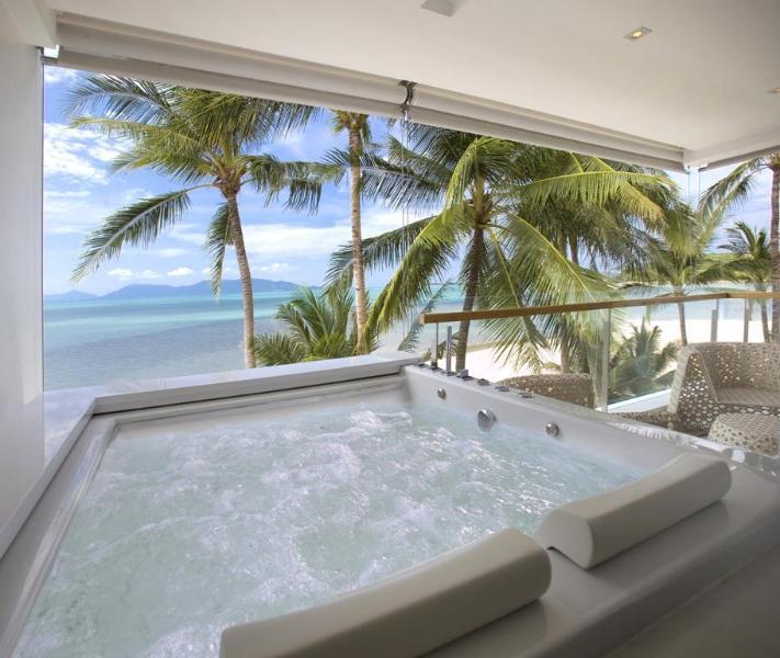 Master bedroom Jacuzzi - Panu Luxury Apartment - Bespoke - Unique - Sublime - Koh Samui - rentals