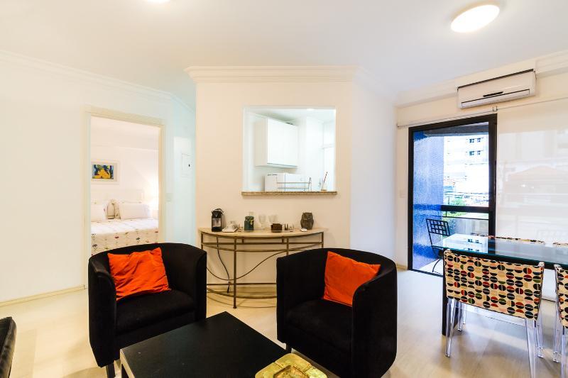 Modern 1 Bedroom Apartment in Vila Olimpia - Image 1 - Sao Paulo - rentals