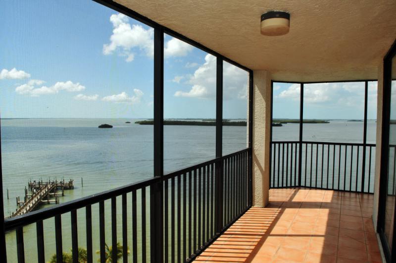 Sanibel Harbour Resort - Bay View Tower #931 - Image 1 - Fort Myers - rentals