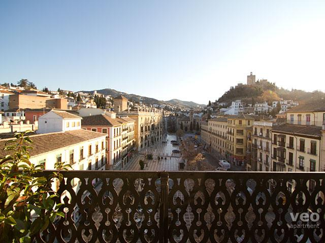 Wonderful view from the balcony towards the Alhambra, Albaicín and Sacromonte. - Plaza Nueva Terrace   Studio with terrace & views - Granada - rentals