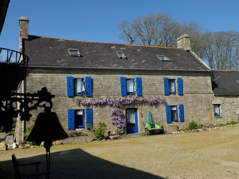 Manorhouse in spring - Kerargon: historic charm for groups+family - Landudec - rentals