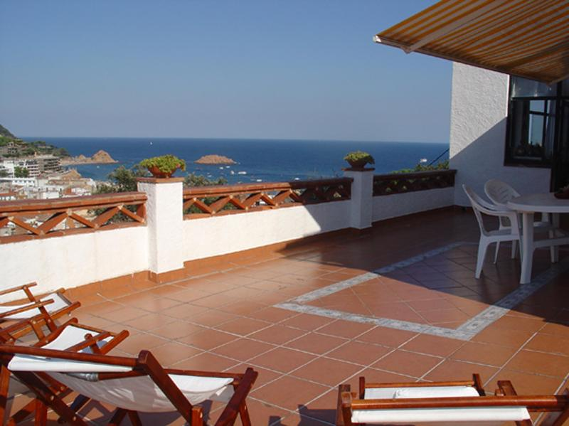 Terrace sea views - BEAUTIFUL HOUSE Sea Views in TOSSA DE MAR - Tossa de Mar - rentals