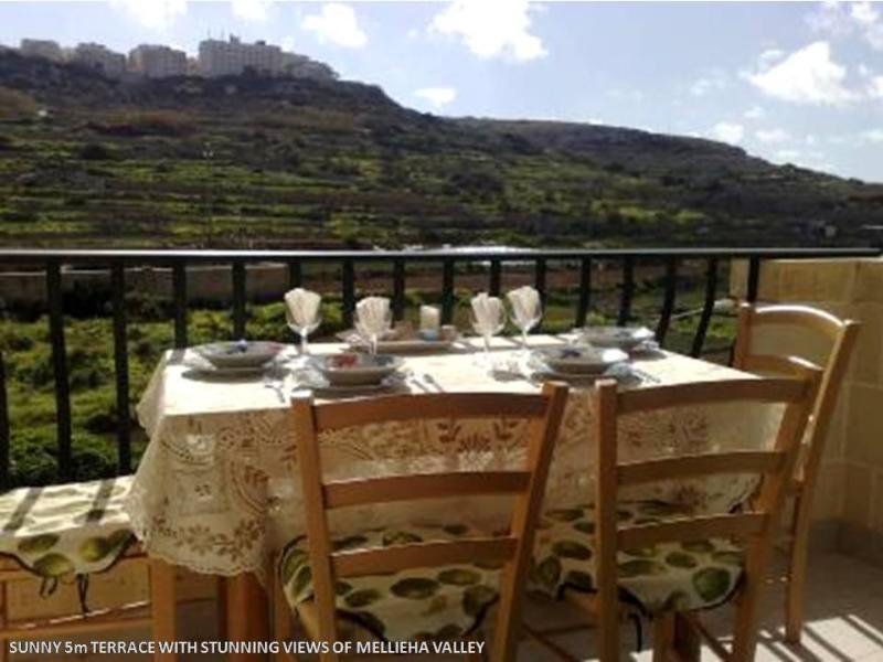 Terrace with Valley Views - Sunny apartment 2 steps from Mellieha sandy beach - Surrein - rentals