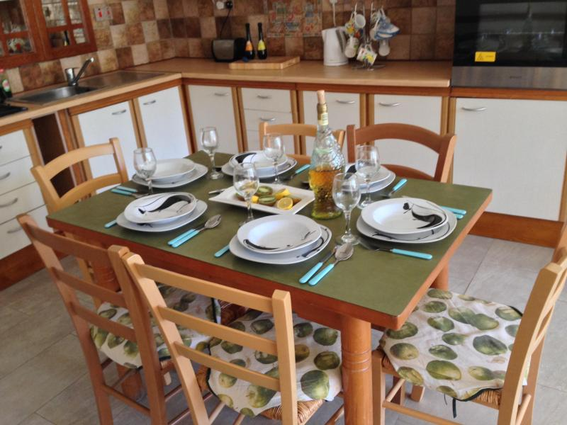 Fully equipped with plates, pots, cups and cutlery - Mellieha Bay Apartment, Balcony, Sea/Country Views - Mellieha - rentals
