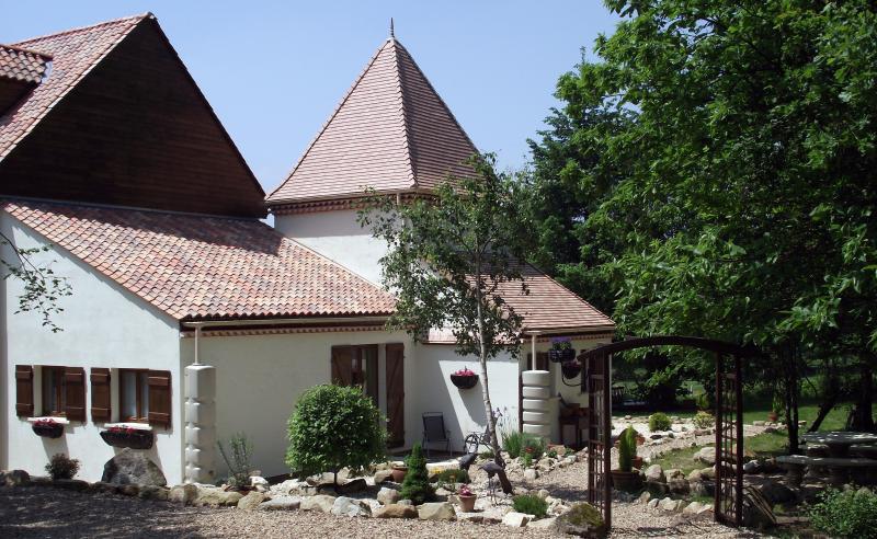 La Maison aux  Arbres - Image 1 - Haute-Vienne - rentals