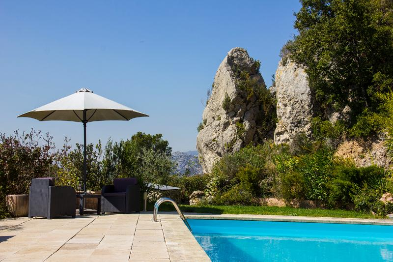 pool view - Charming B&B between Cassis and Aix en Provence - Auriol - rentals