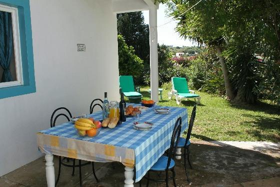 Casa Jardim Al fresco dining - Casa Jardim - charming 2 bed cottage with garden. - Lagos - rentals