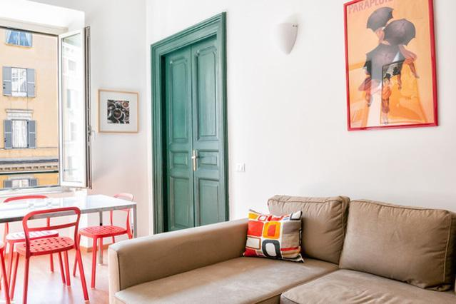 Living Room with sofa bed - Sunny Beautiful Vatican Apartment - Rome - rentals