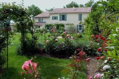 Villa Arles Villa in Provence for rent, Arles villa with pool to let, holiday - Image 1 - Arles - rentals