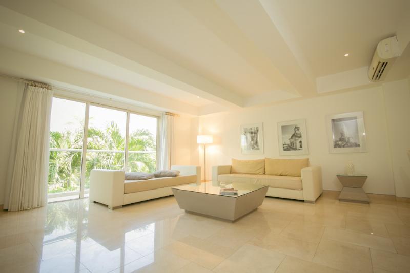 Beautiful 1 Bedroom Apartment in Cartagena - Image 1 - Cartagena - rentals