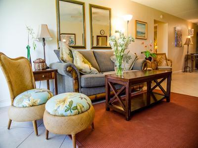 Living Room - JAN 8-19 FAMILY FRIENDLY  OCEAN VIEWS 2 min walk to Keawakapu Bch,Sunny KIHEI - Kihei - rentals