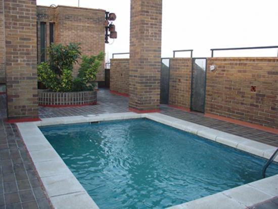 Community pool area - Attractive holiday apartment Barcelona - Barcelona - rentals