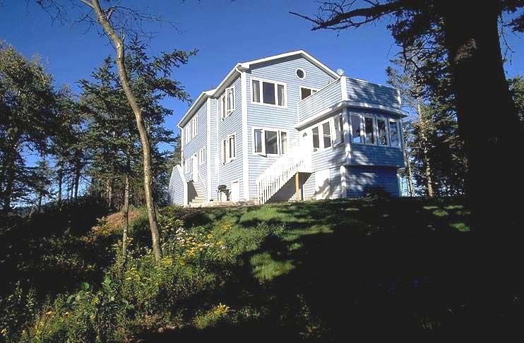 Amazing Beach House directly on 2 ocean beaches - Amazing Nova Scotia Beach Cottage Sleeps 10 - Parrsboro - rentals