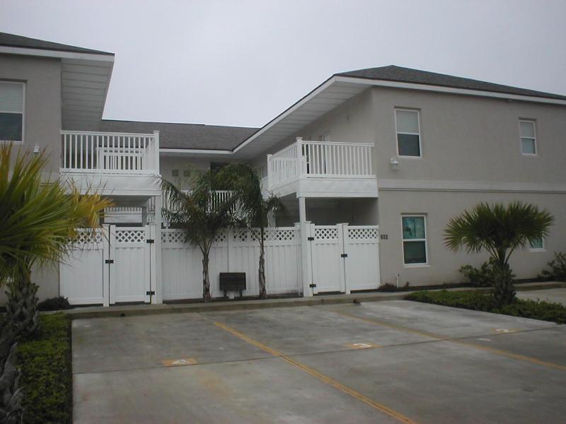 Los Cabos - Los Cabos - Mid Island - 2-3 minute walk to beach - South Padre Island - rentals