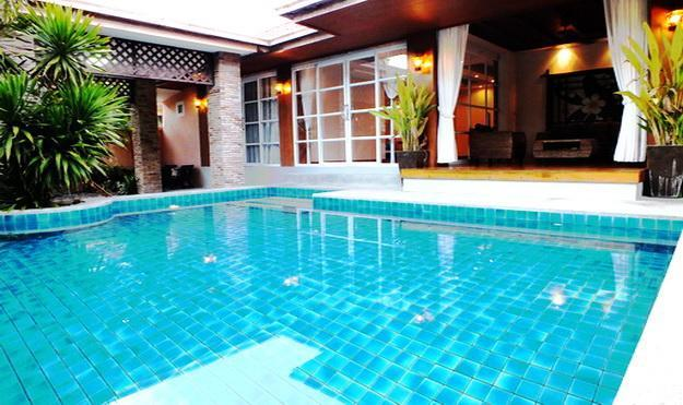 Luxury 4 Bedroom Villa with Private Pool - 4 Bedroom Bungalow Walking Street 10 Minutes Away - Pattaya - rentals