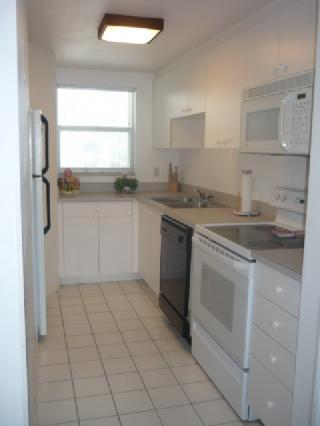 Kitchen - Admitalty House South 1606 - Marco Island - rentals