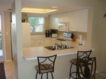 Nice Open Kitchen - Great Condo -1 block to the beach-mini golf-movies and more ! - Marco Island - rentals