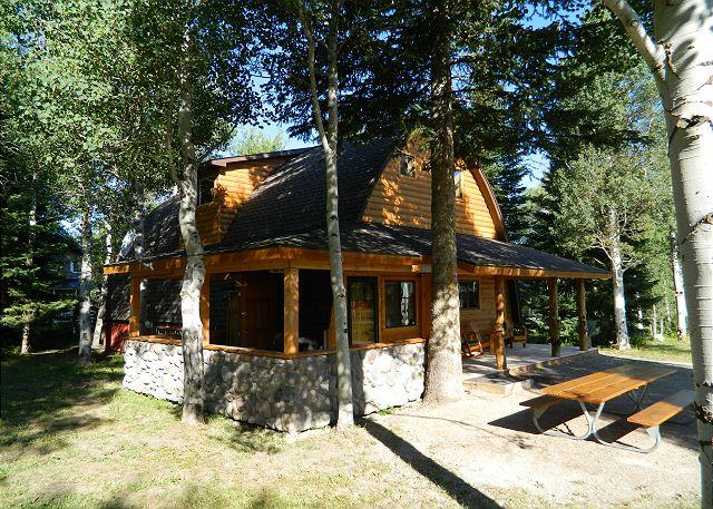 Wooded Bliss One sits in a quiet, woodsy neighborhood - Wooded Bliss One - West Yellowstone - rentals
