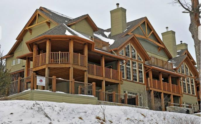 Magnificent end unit with large deck and terrace areas - Panache - Relaxing, Refined, Remarkable - Mont Tremblant - rentals
