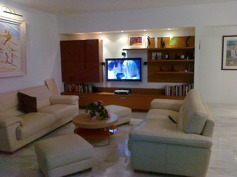 Romance on TV! - Villefranche Sur Mer - Outstanding 5* Apartment - Villefranche-sur-Mer - rentals