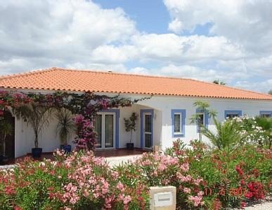 Villa - 3 beds 2 baths sleeps 6 heated pool Air con & Wifi - Silves - rentals