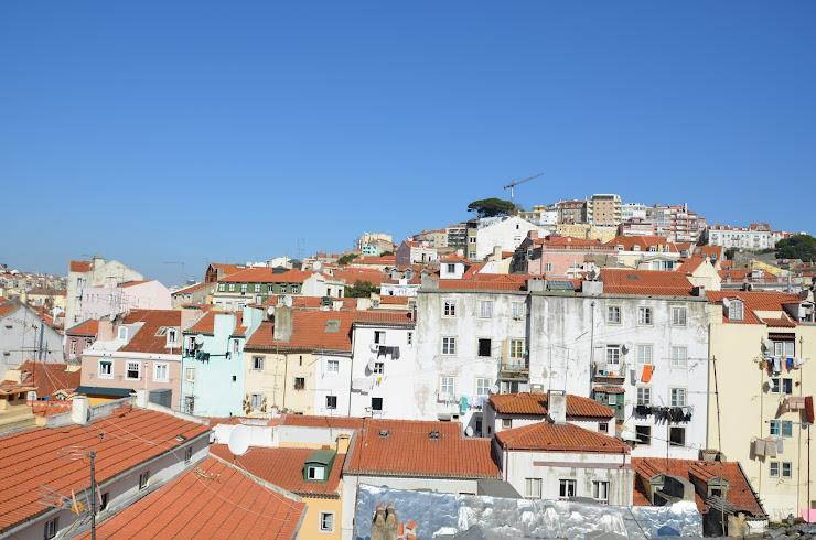 View from window - MOURARIA II, centrally-located studio & view - Lisbon - rentals