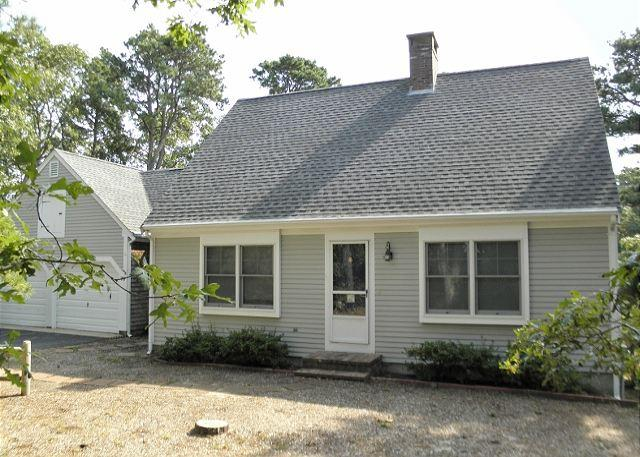 78 SOMERSET RD., BREWSTER - Wonderful Cape Style Brewster home with 3 bedrooms and 2.5 baths. - Brewster - rentals
