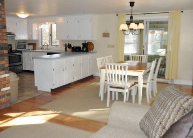 Wonderful Cape Style Brewster home with 3 bedrooms and 2.5 baths. - Image 1 - Brewster - rentals