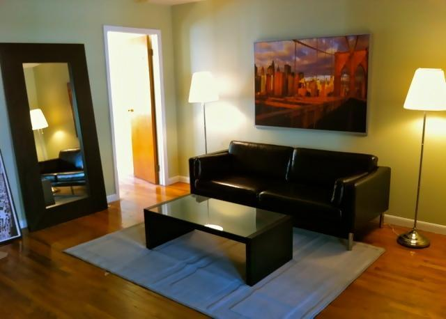 Parlor - Hip W'burg Brooklyn Townhouse Apt 5 Min Manhattan - Brooklyn - rentals