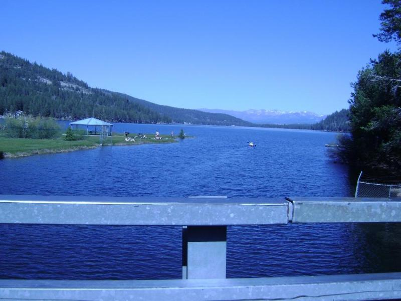 Donner Lake view from Donner Creek Bridge - 3 BR W Donner Lake, Lake View, Dog OK, Beach Club! - Truckee - rentals