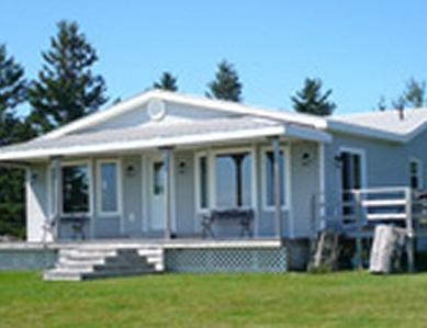 Monigan's Shorefront Retreat - Image 1 - Prince Edward Island - rentals