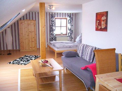 Vacation Apartment in Erbendorf - 753 sqft, beautiful furnishings (# 2630) #2630 - Vacation Apartment in Erbendorf - 753 sqft, beautiful furnishings (# 2630) - Erbendorf - rentals